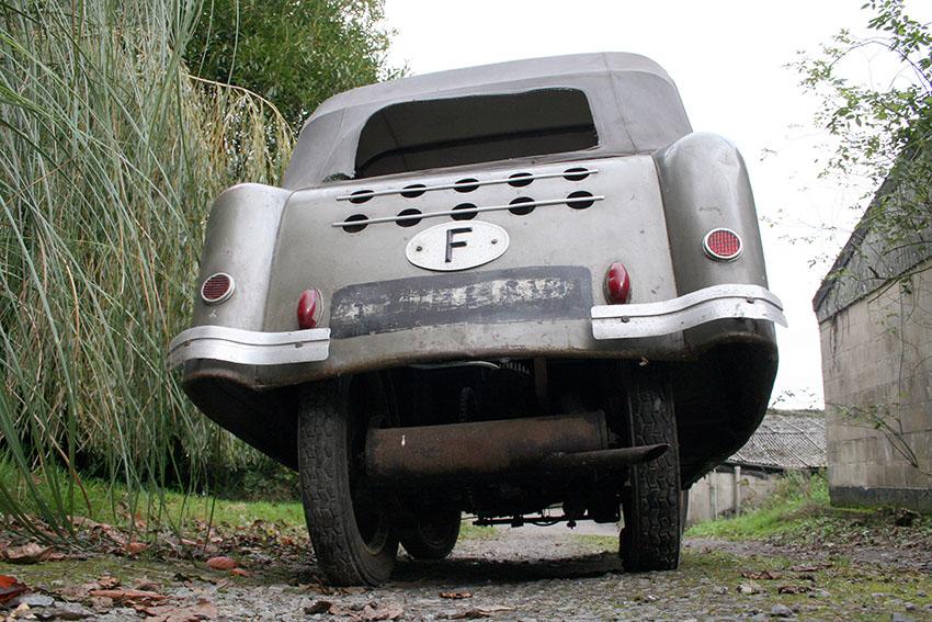 1956 Mochet Velocar 03