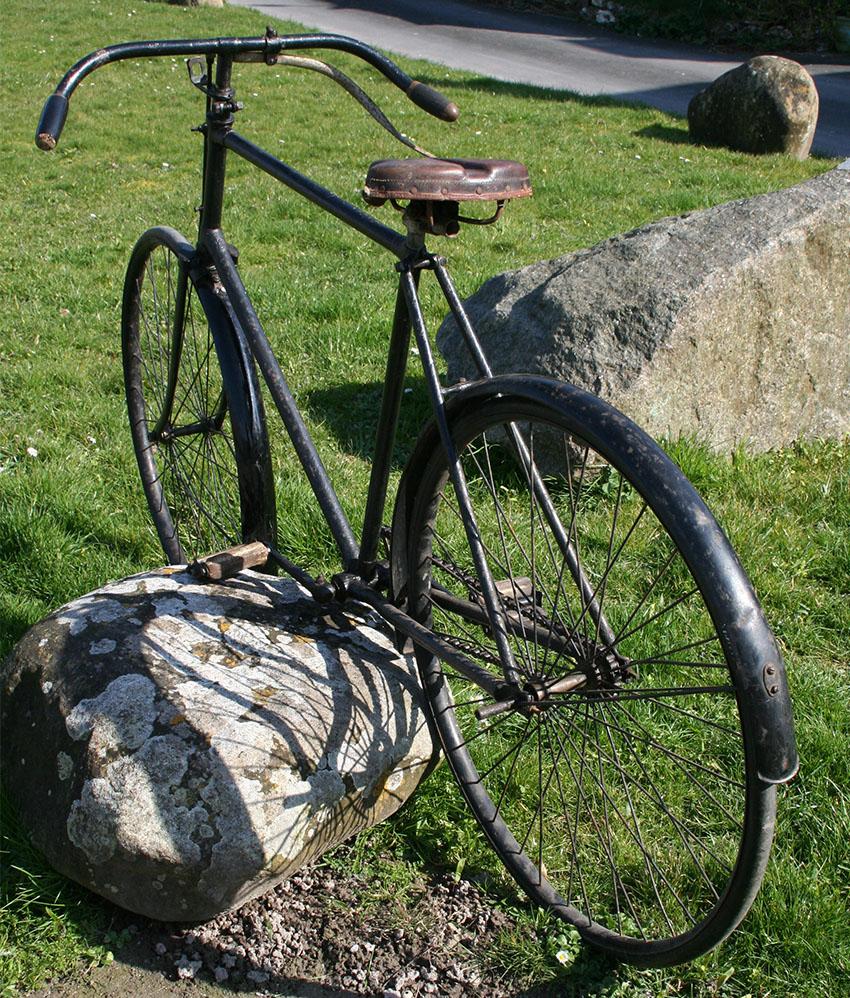 J. Devey Safety Bicycle 40