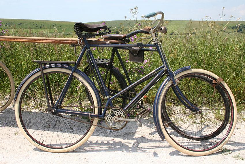 WW1-Bicycle-Ambulance-51