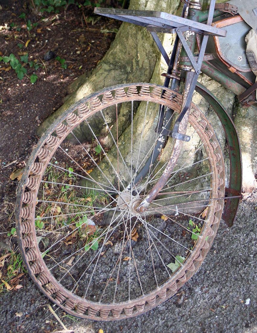 WW1 Germasn Bicycle Victoria Springwheel 11