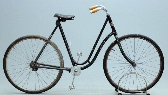 1901 Crescent Chainless 05