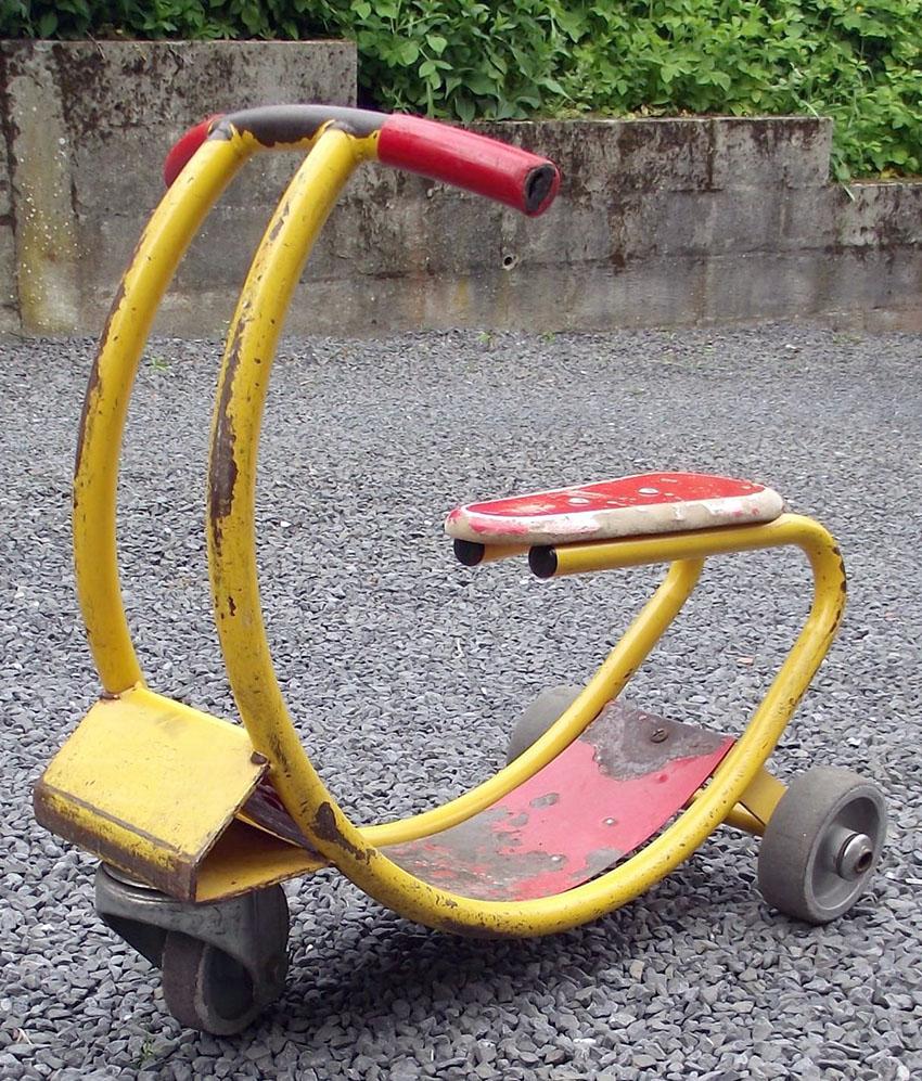tubular-art-deco-tricycle-1