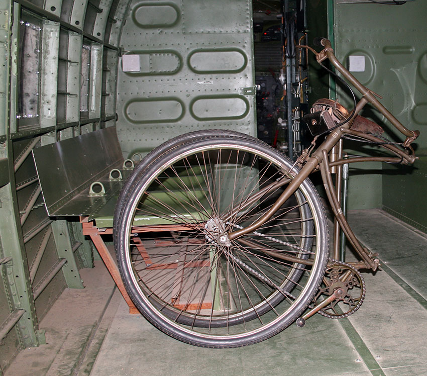 1942 WW2 BSA Airborne Bicycle, 1st Pattern 2