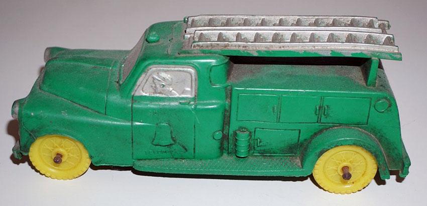 1950s Auburn Rubber Truck1