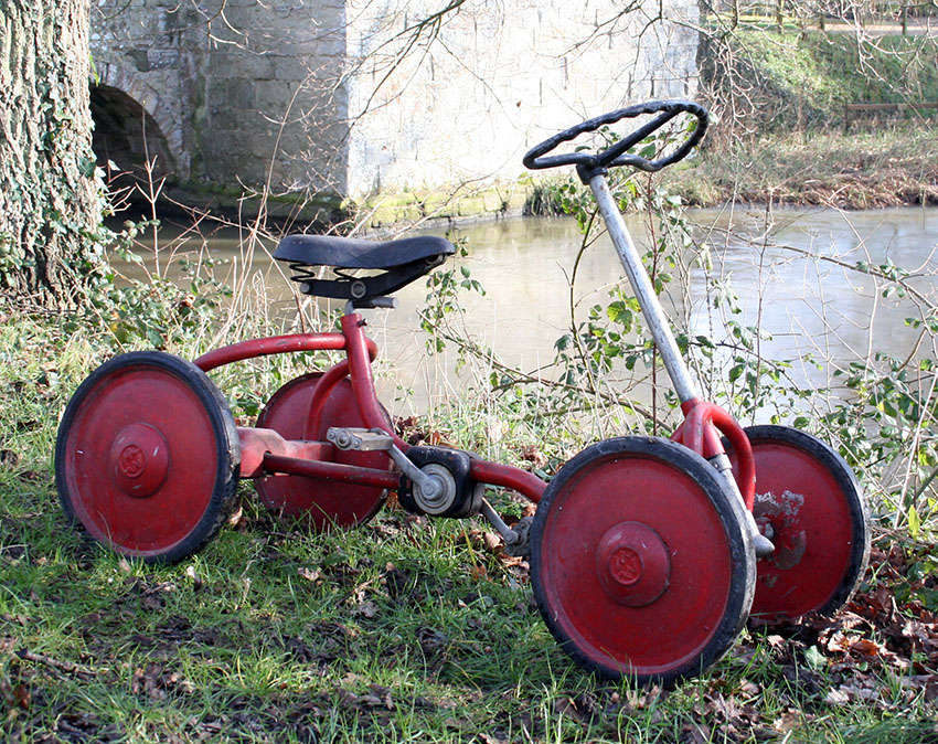 1940s Chainless (Shaft-drive) Quadricycle 05