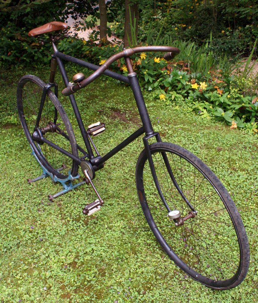 1903 Columbia Model 106 Cushion Spring Frame Chainless