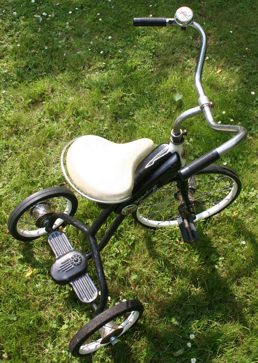 1952_HOPALONG_CASSIDY_TRICYCLE_60 copy