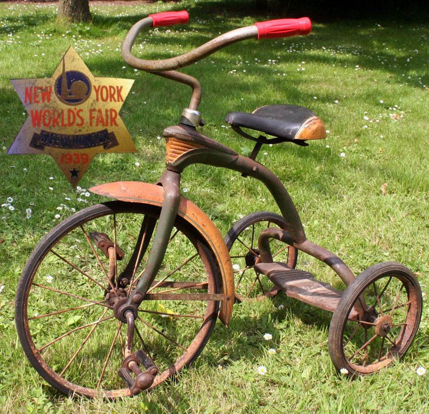 1939_Mercury_Wolrds_Fair_Tricycle_05-copy
