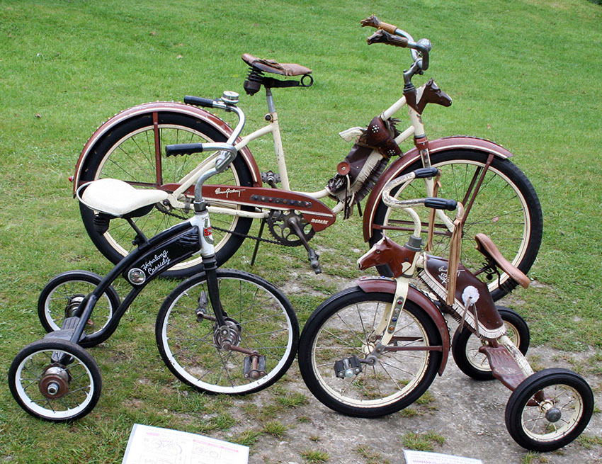 GENE AUTRY HOPALONG CASSIDY TRICYCLES