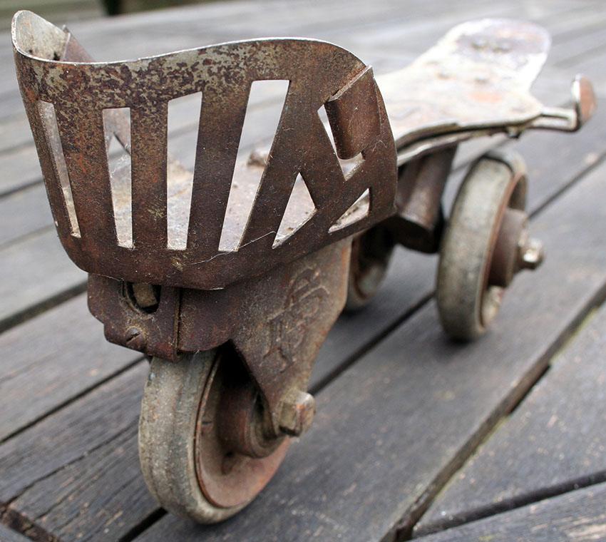 1897 Daniels Foot Cycle 3-Wheel Roller Skates 23