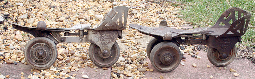 1897-Daniels-Foot-Cycle-3-Wheel-Roller-Skates-1