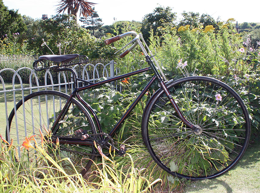 1891 Referee Safety Bicycle 01
