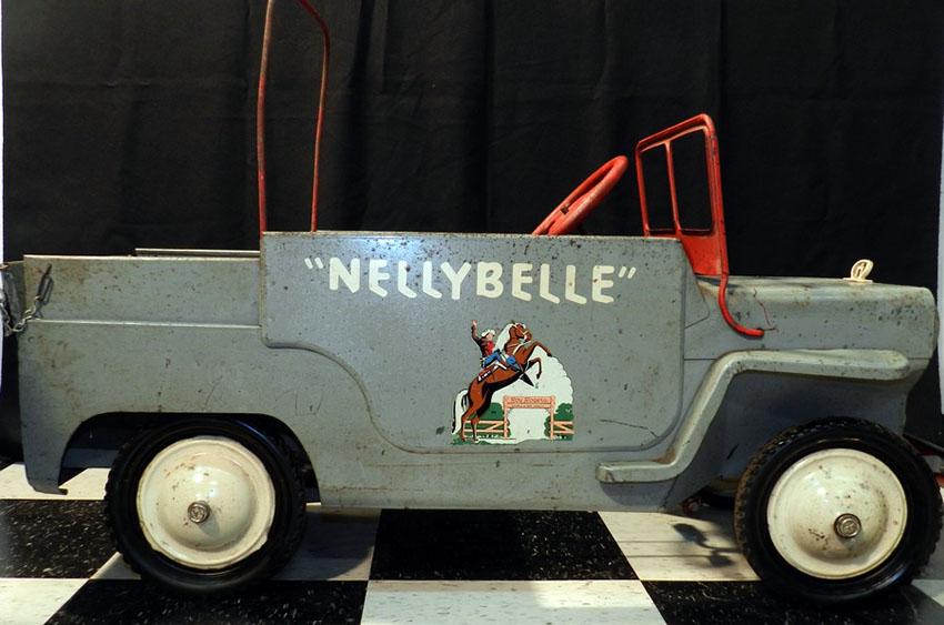 1954-Hamilton-ROY-ROGERS-Jeep-20