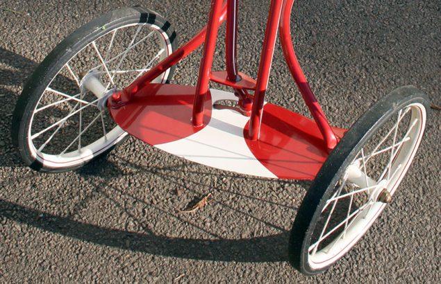1938 Rocket Rear Steering Tricycle 05