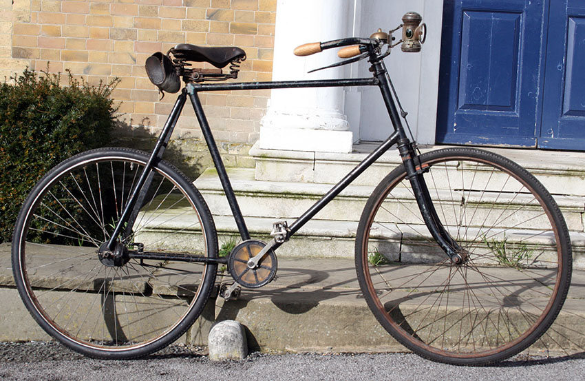 1898 Quadrant Chainless copy