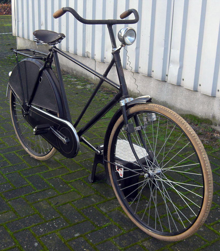 1940s Gazelle Cross Frame 05