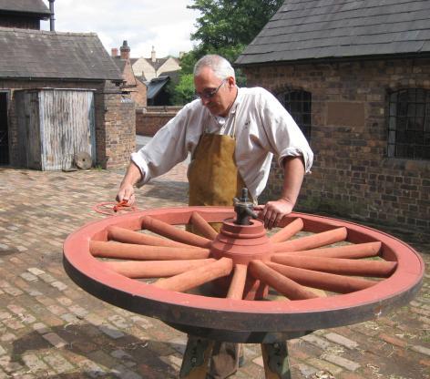 FitAndCrop472416-wheelwright