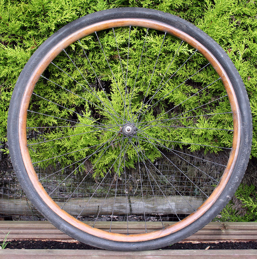 c1900 tyre and wheel copy
