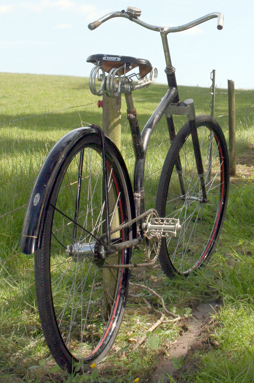 c1930 S FRAME spring frame bicycle