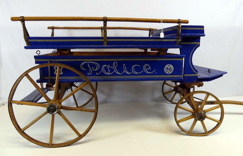 1900-paris-mfg-co-police-patrol-wagon-30