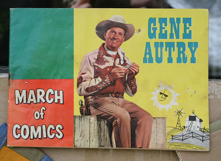 gene autry girls The french girl lyrics: three silver rings on slim hands waiting flash bright in candlelight through sunday's early morn we found a room that rainy morning she took my hand through winding.