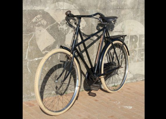 1907_Raleigh_Xframe_00