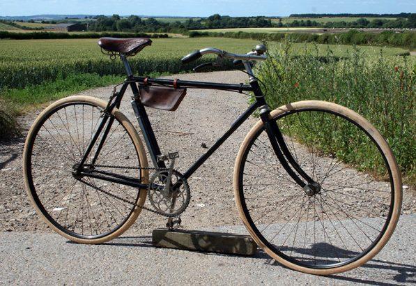 1910-De-Dion-Bouton-Modele-Routier-06