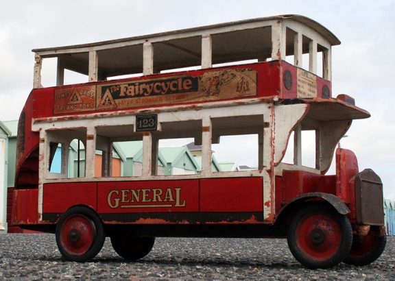 1925-Triang-General-Bus-05