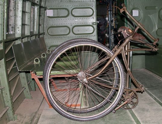 1942-WW2-BSA-Airborne-Bicycle-1st-Pattern-2