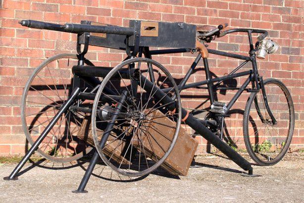 Maxim-Machine-Gun-Tandem-Tricycle-05