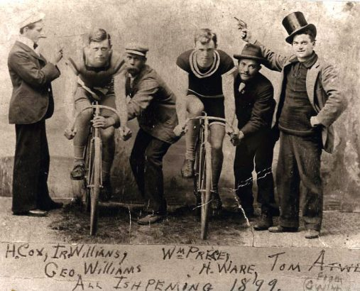 men_vintage_bicycle_museum_1899