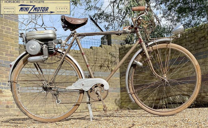 1952 Moteur Auxiliaire 'Hors-Bord de la Bicyclette' Mini-Motor 00